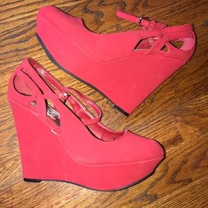 DEB platform wedges